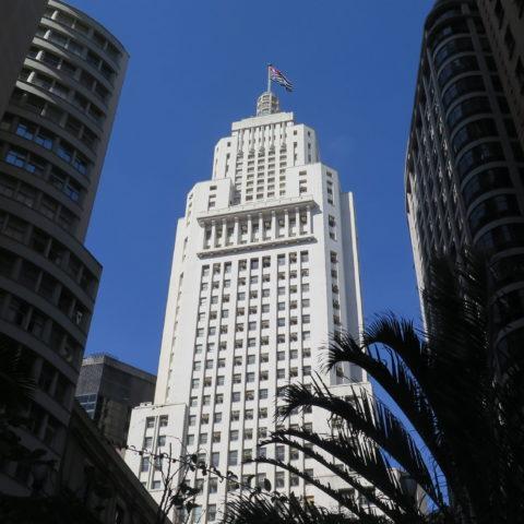 Edifício Altino Arantes, antigo prédio do Banespa, será reaberto em novembro como Farol Santander