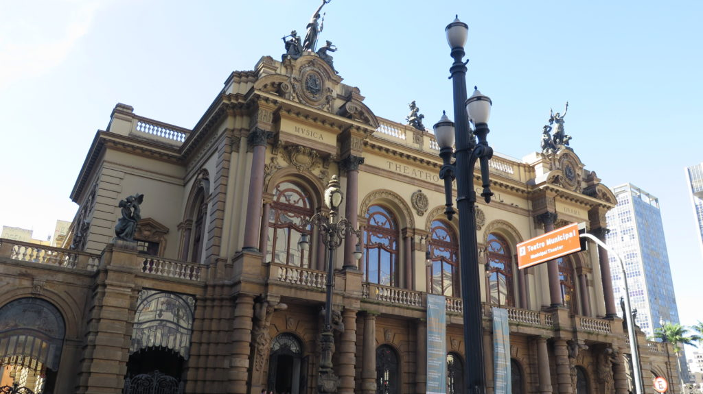 Theatro Municipal, palco de grandes apresentações musicais. Foto: Denize Bacoccina