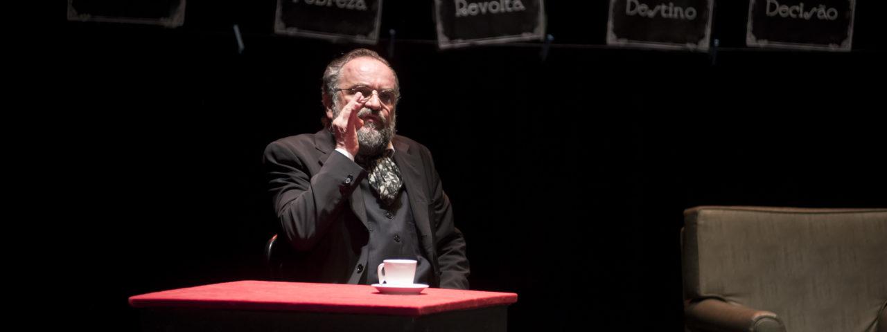 """""""CRIME E CASTIGO – Uma vida para Ródion Raskólnikov"""""""