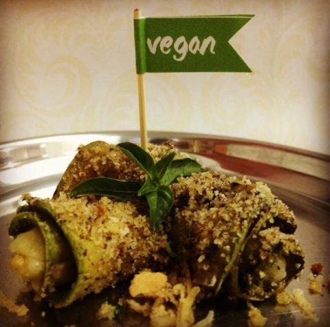 Prato vegano de inspiração indiana no Gulap Hari