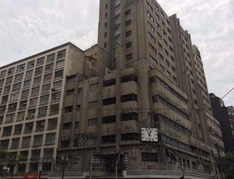 Antigo prédio do Mappin, inaugurado em 1939 para sediar o Banespa, acabou virando a loja mais luxuosa de São Paulo durante décadas