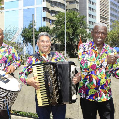Trio Marrom Foto: Acacio Nascimento