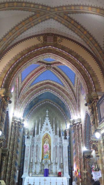Interior da Capela do Menino Jesus e Santa Luzia