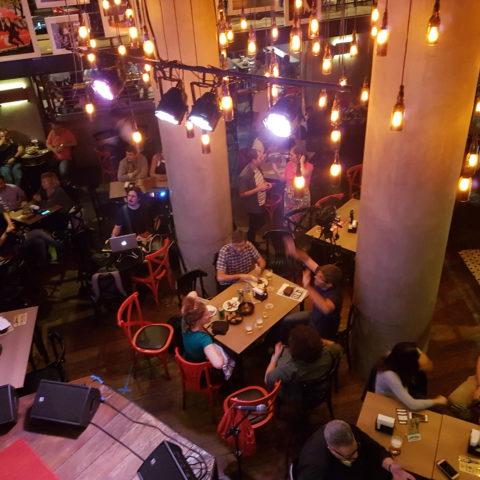Clube da Imprensa, no Bar Brahma, discute novos rumos do jornalismo