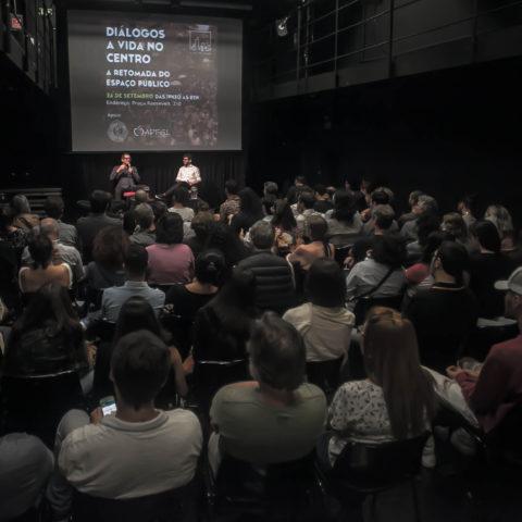 Diálogos A Vida no Centro - A Retomada do Espaço Público Fotos: João Gil