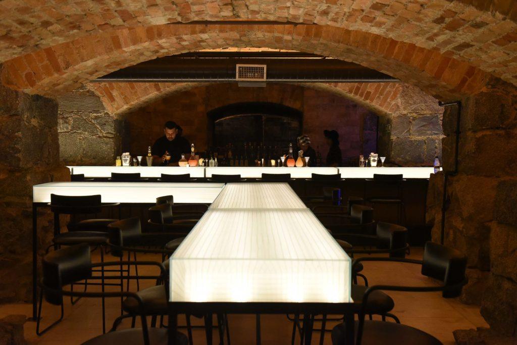 Bar dos Arcos, no subsolo do Theatro Municipal de São Paulo Foto: Cleiby Trevisan