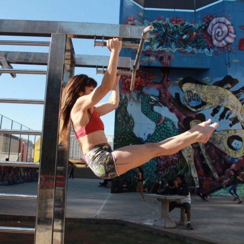 Atividades físicas ao ar livre - Praça Paulo Kobayashi