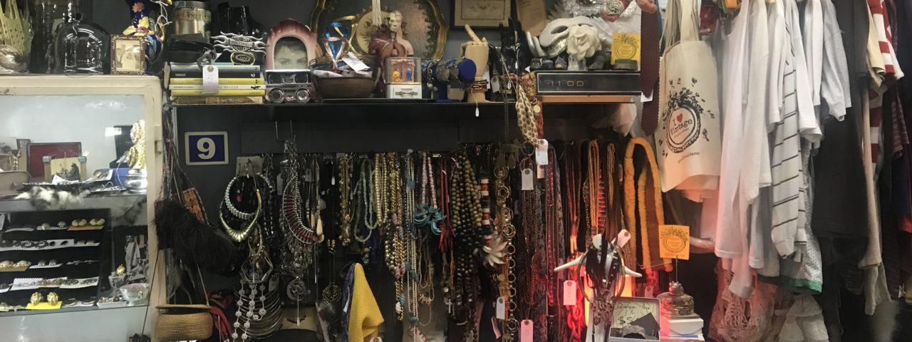6cc2f746e25db Brechós no Centro de SP  Conheça lojas para garimpar roupas vintage
