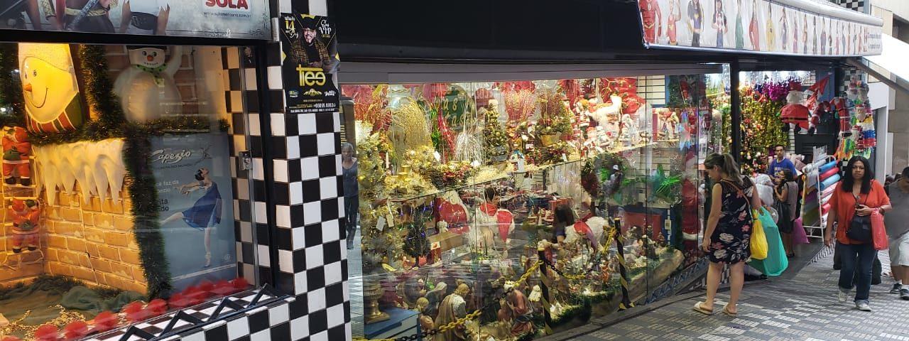 Ladeira Porto Geral - ruas temáticas de compras